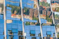 Antatt - cityscape