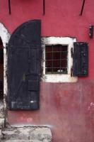 Sort dør i Mostar