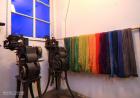 Maskiner og farget garn -  Kontraster