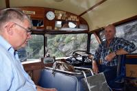 Knut og Egil i førersetet