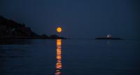 Fullmåne ved Katland fyr