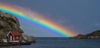 Antatt, projeksjon - Sjøbu i regnbuen